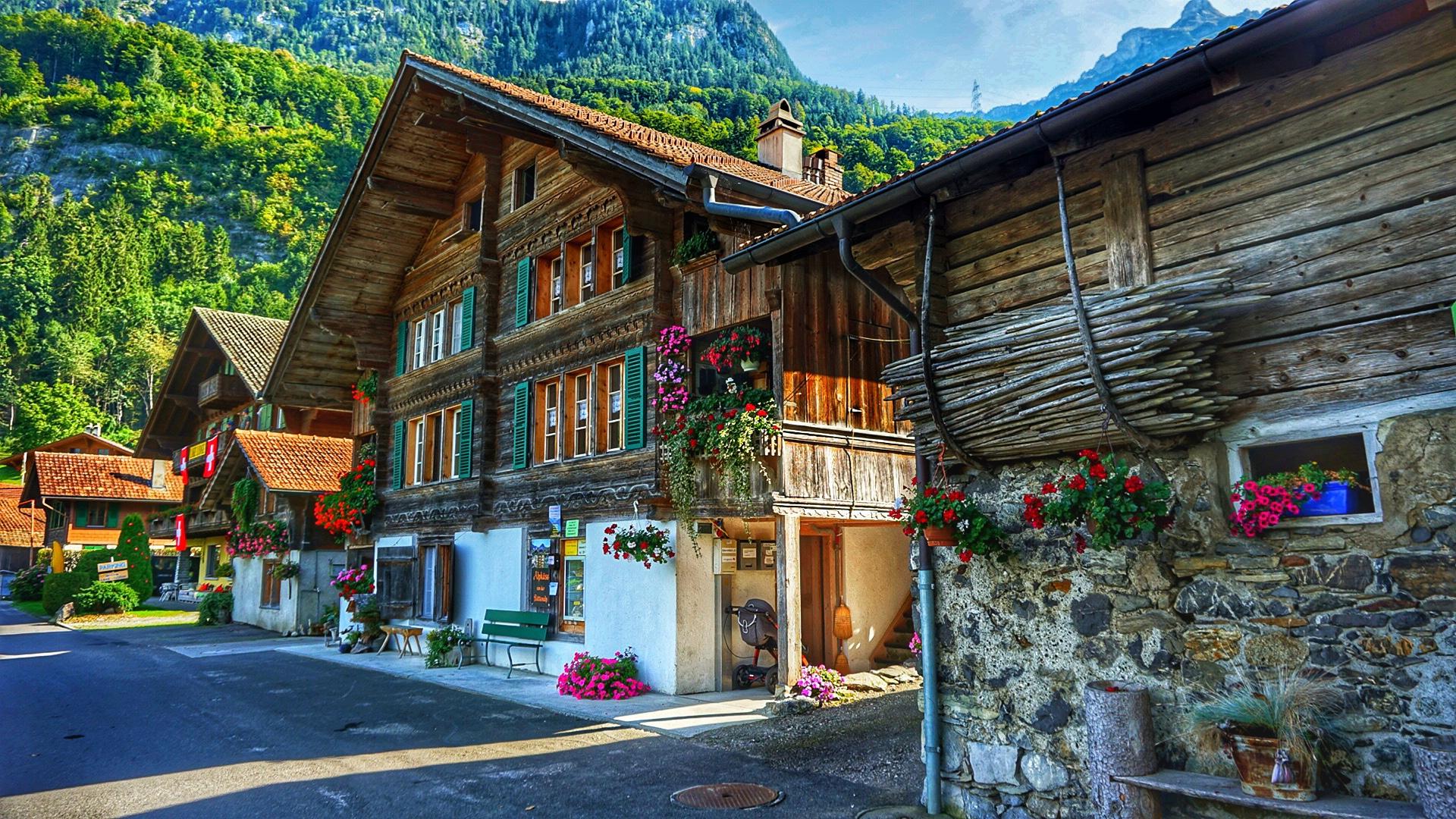 Iseltwald - the hidden gem of Lake Brienz