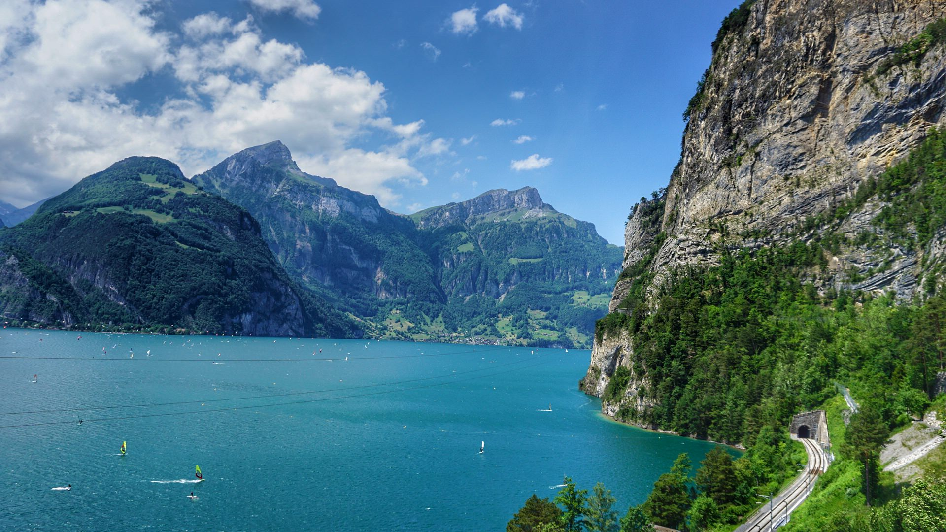Perfect lakeside hike in Switzerland