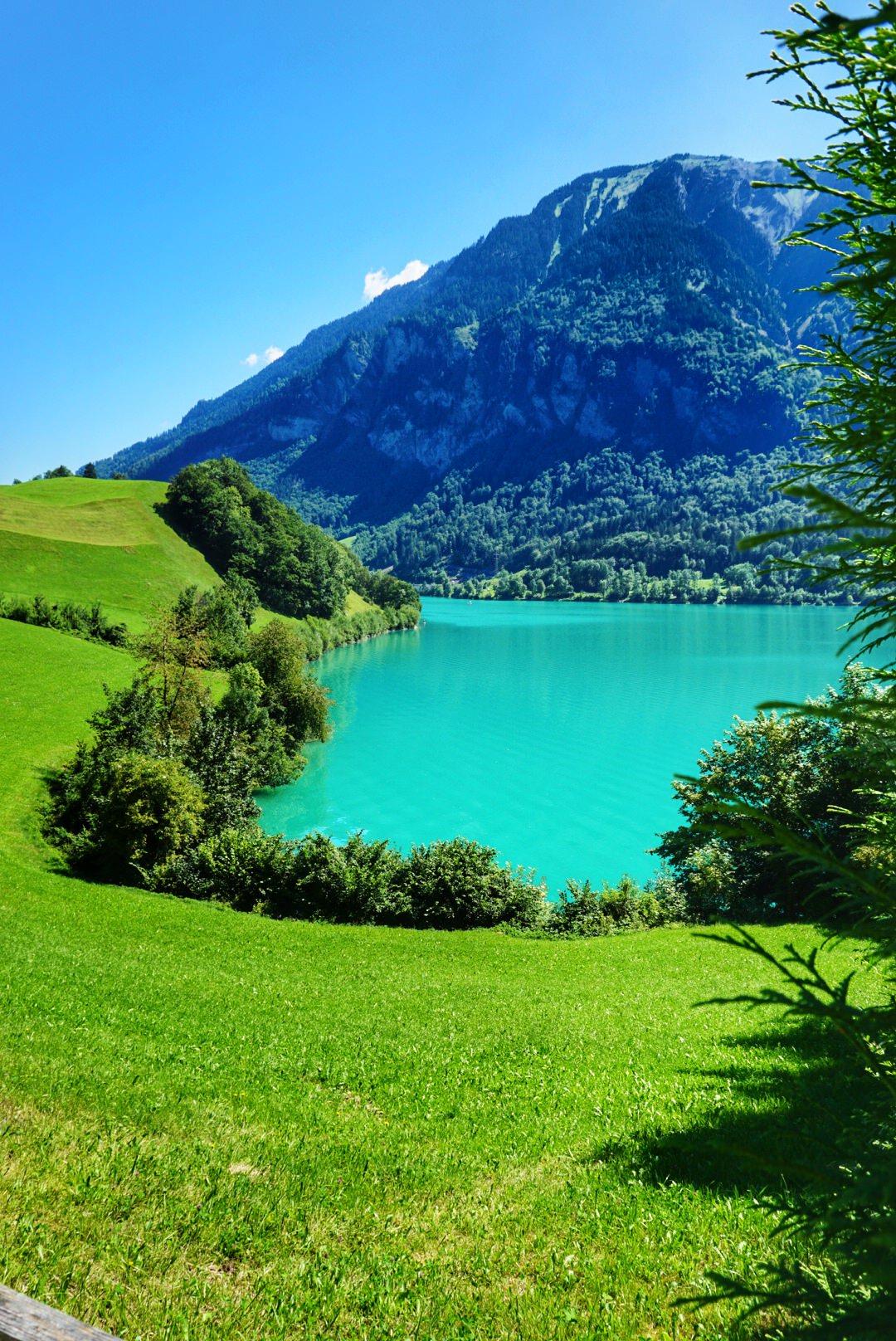 Less crowded lakeisde hike on Lake Lungern Switzerland